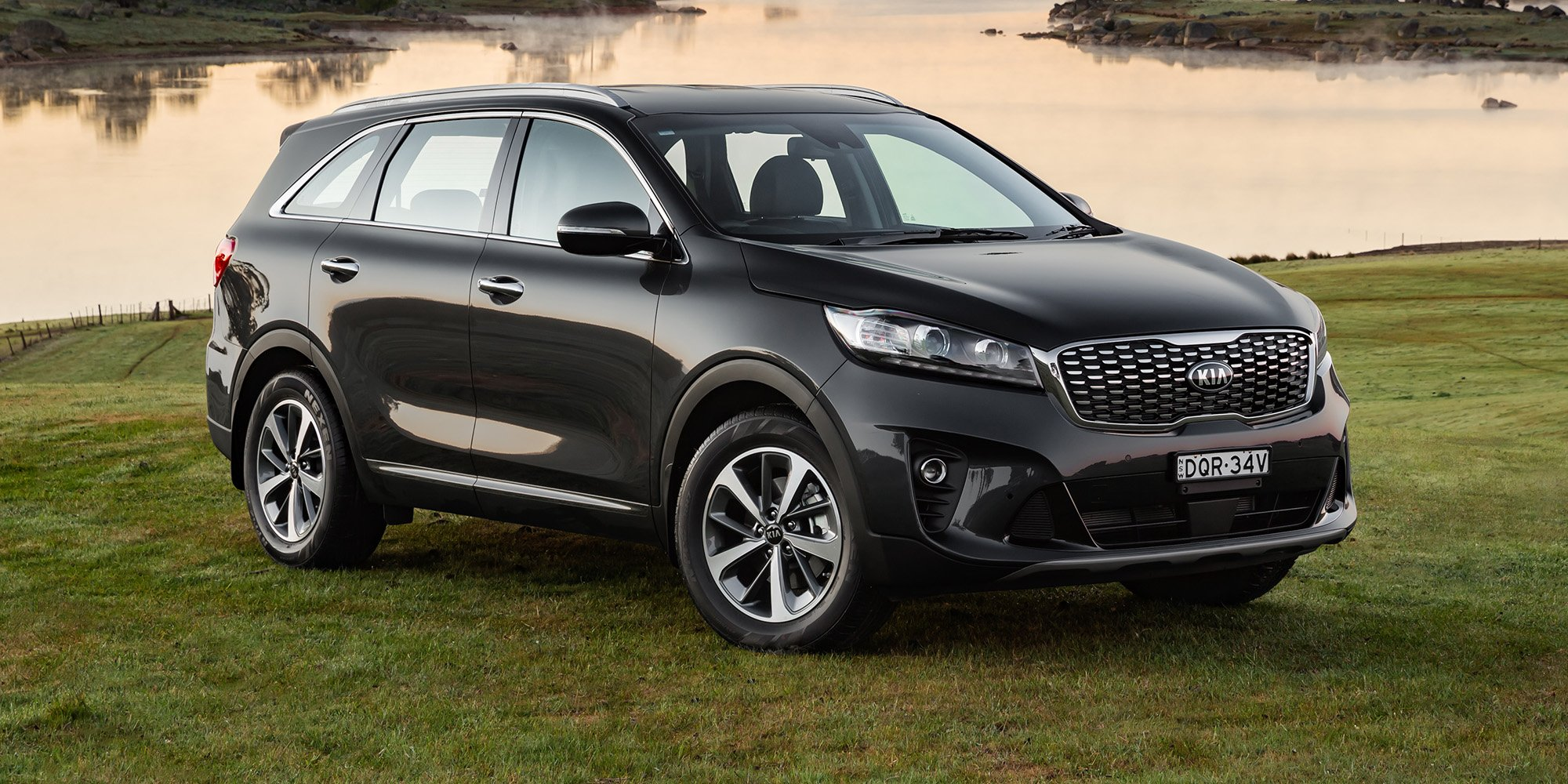2018 kia sorento pricing and specs photos 1 of 23. Black Bedroom Furniture Sets. Home Design Ideas