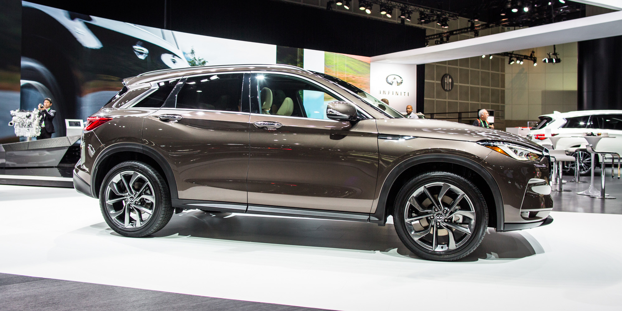 2018 infiniti qx50 fully unveiled in la photos 1 of 19. Black Bedroom Furniture Sets. Home Design Ideas
