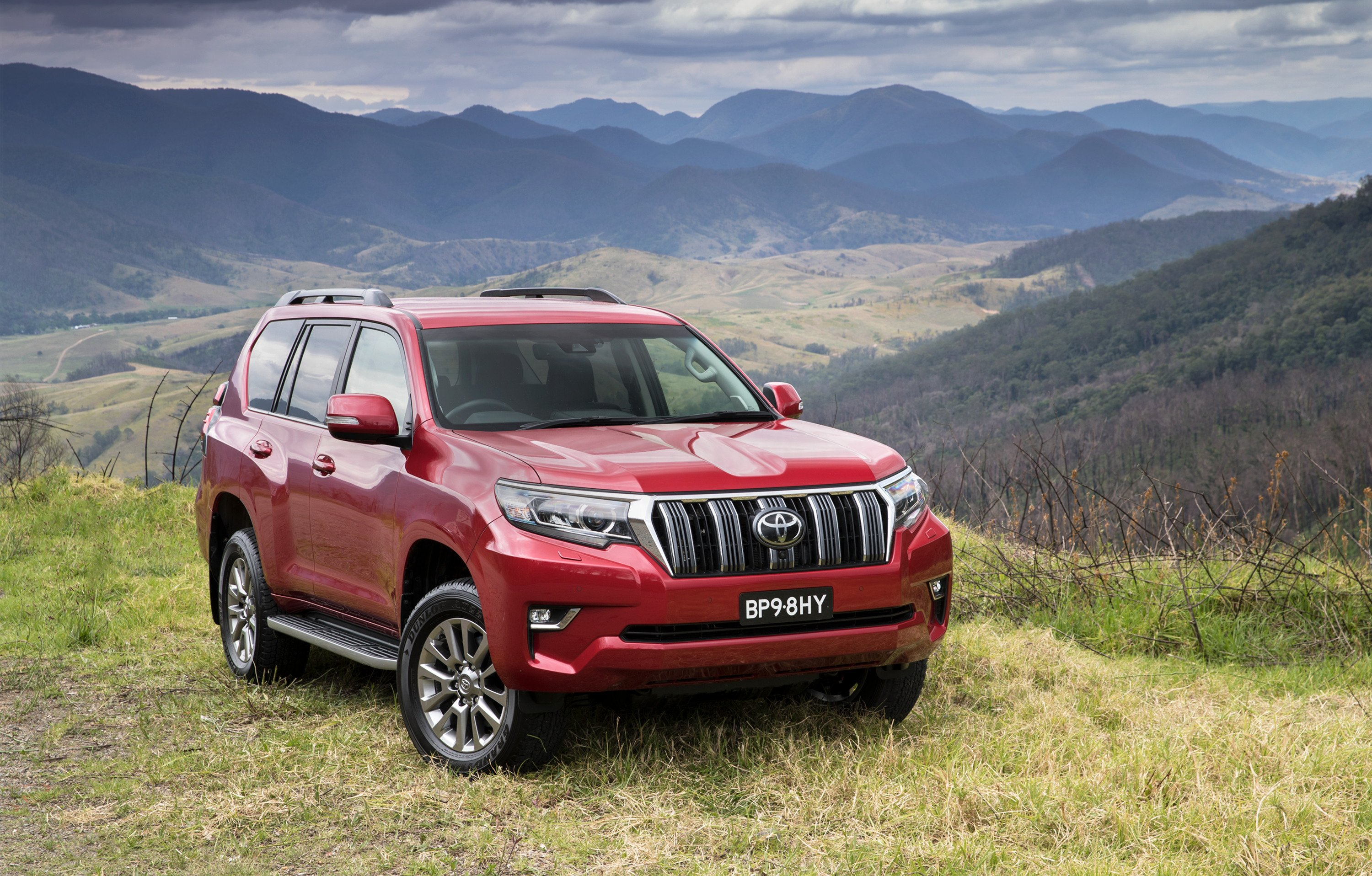 2018 toyota landcruiser prado pricing and specs photos 1 of 26. Black Bedroom Furniture Sets. Home Design Ideas