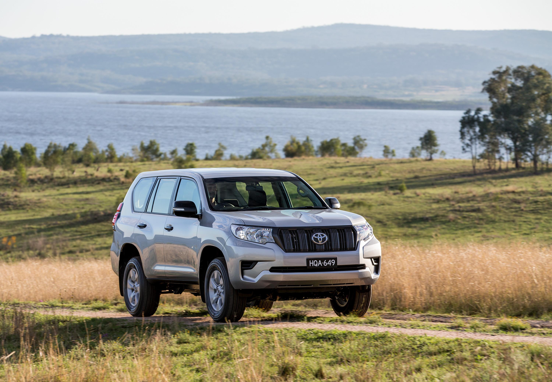 2018 Toyota Landcruiser Prado Pricing And Specs Photos
