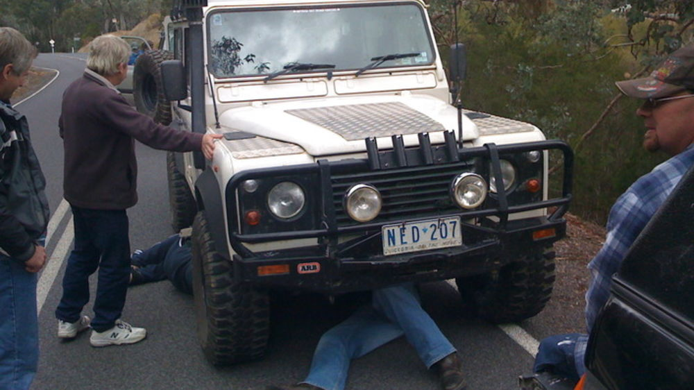 1994 Land Rover Defender Review | CarAdvice