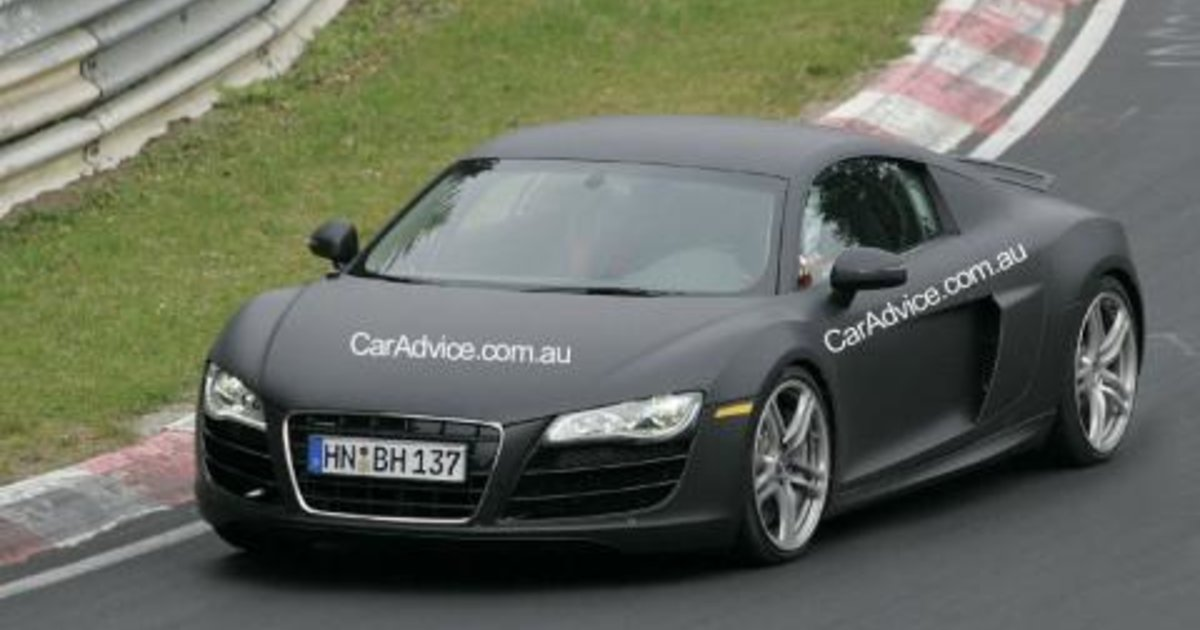 Audi RS8 V10 spy photos