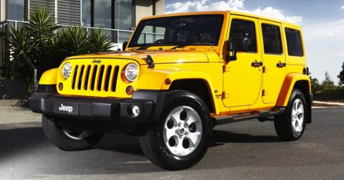 2013 jeep wrangler overland brings luxury to rugged off roader. Black Bedroom Furniture Sets. Home Design Ideas