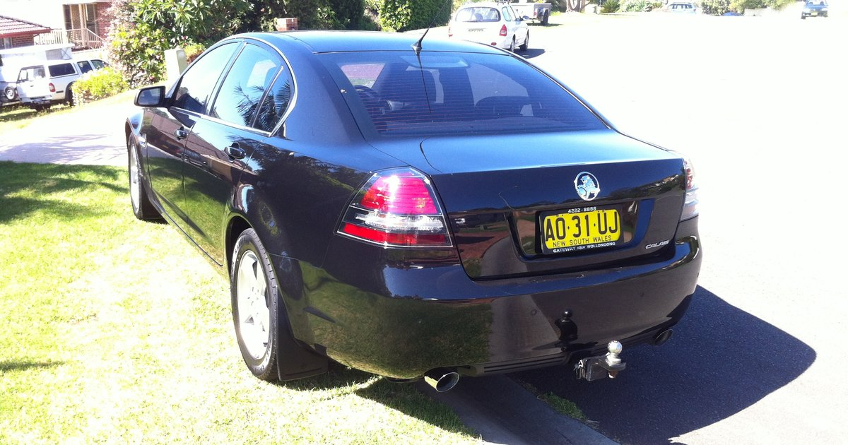 2007 holden calais review caradvice for Garage bmw calais