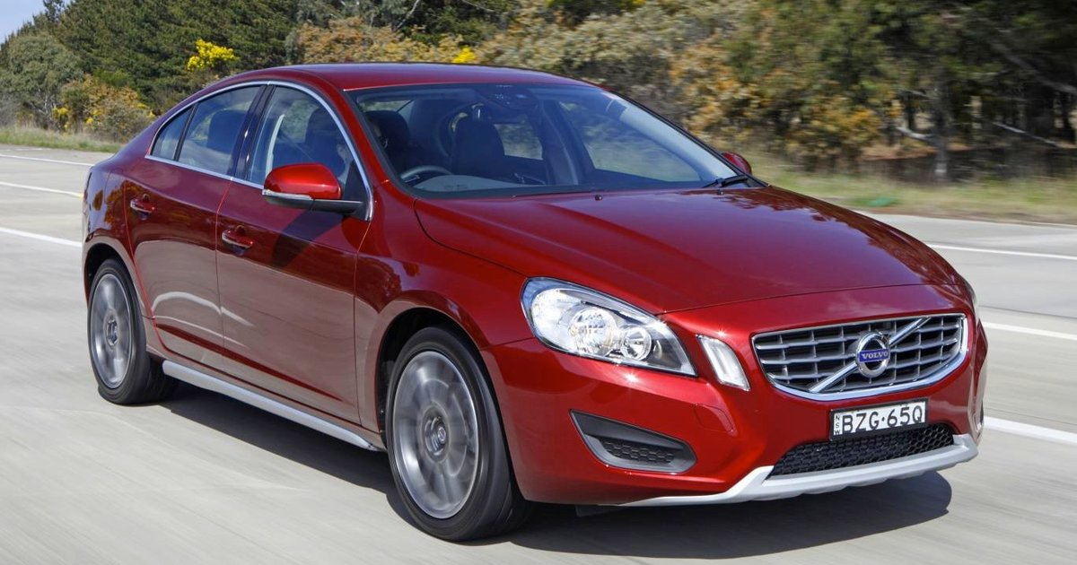 2011 VOLVO S60 T4 Review | CarAdvice