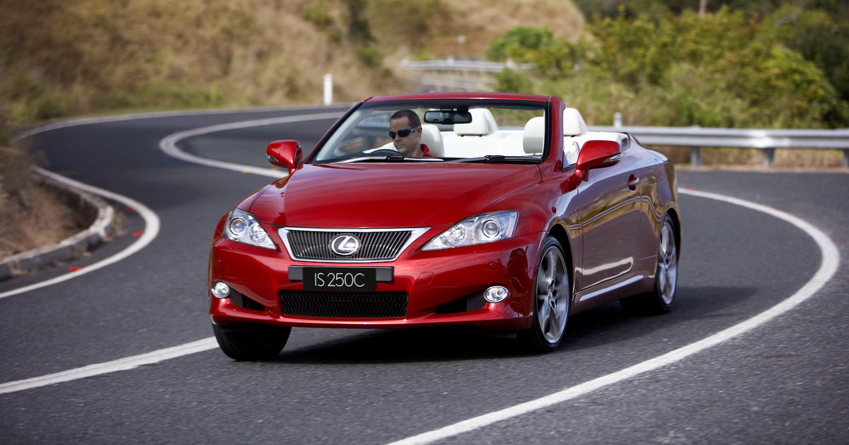 toyota recalls vehicles around the world 10 800 lexus is gs ls models affected in. Black Bedroom Furniture Sets. Home Design Ideas