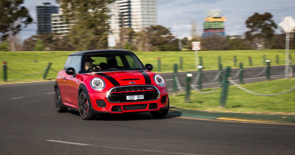 2015 mini john cooper works week with review caradvice. Black Bedroom Furniture Sets. Home Design Ideas