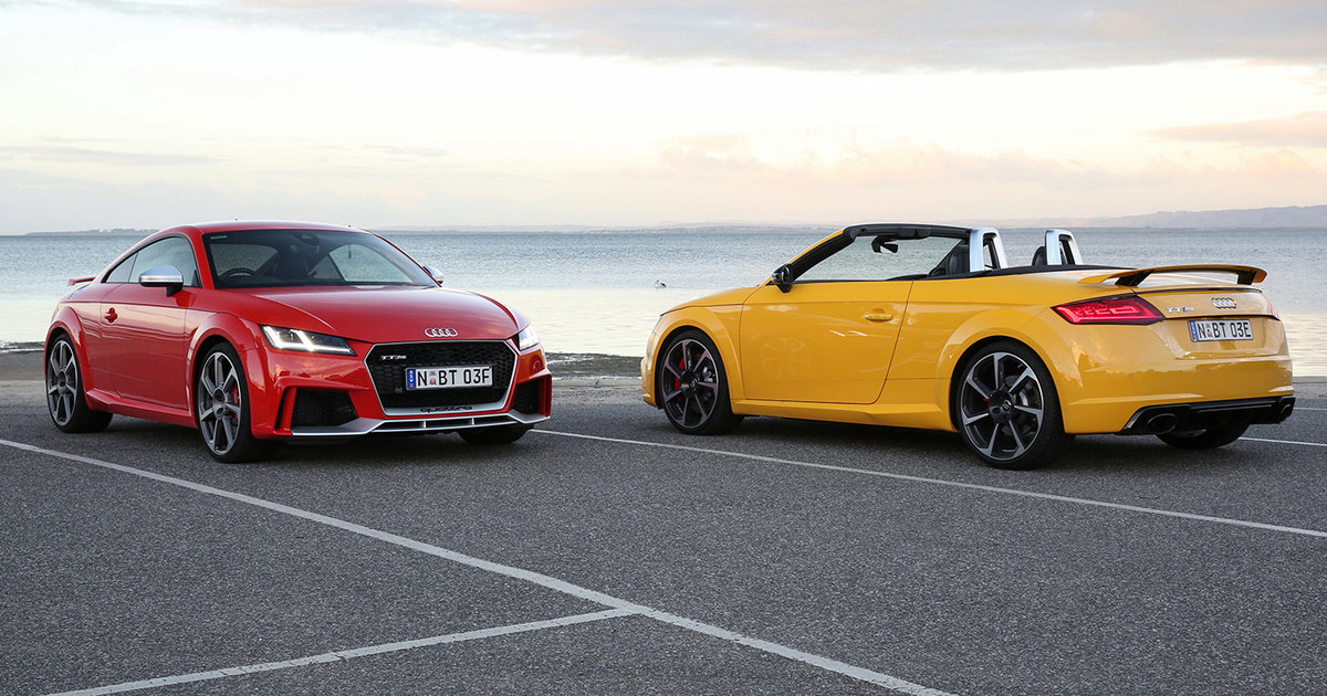 2017 audi tt rs pricing and specs sports car flagship arrives from 137 900. Black Bedroom Furniture Sets. Home Design Ideas