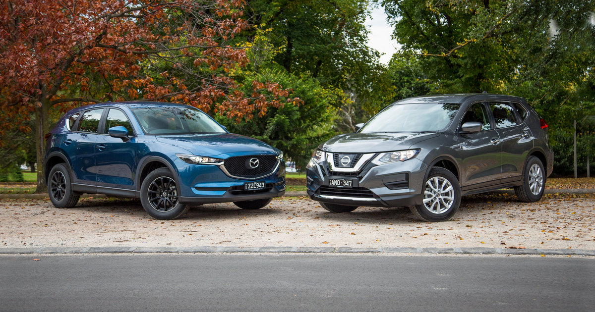 nissan x trail st v mazda cx 5 maxx comparison. Black Bedroom Furniture Sets. Home Design Ideas