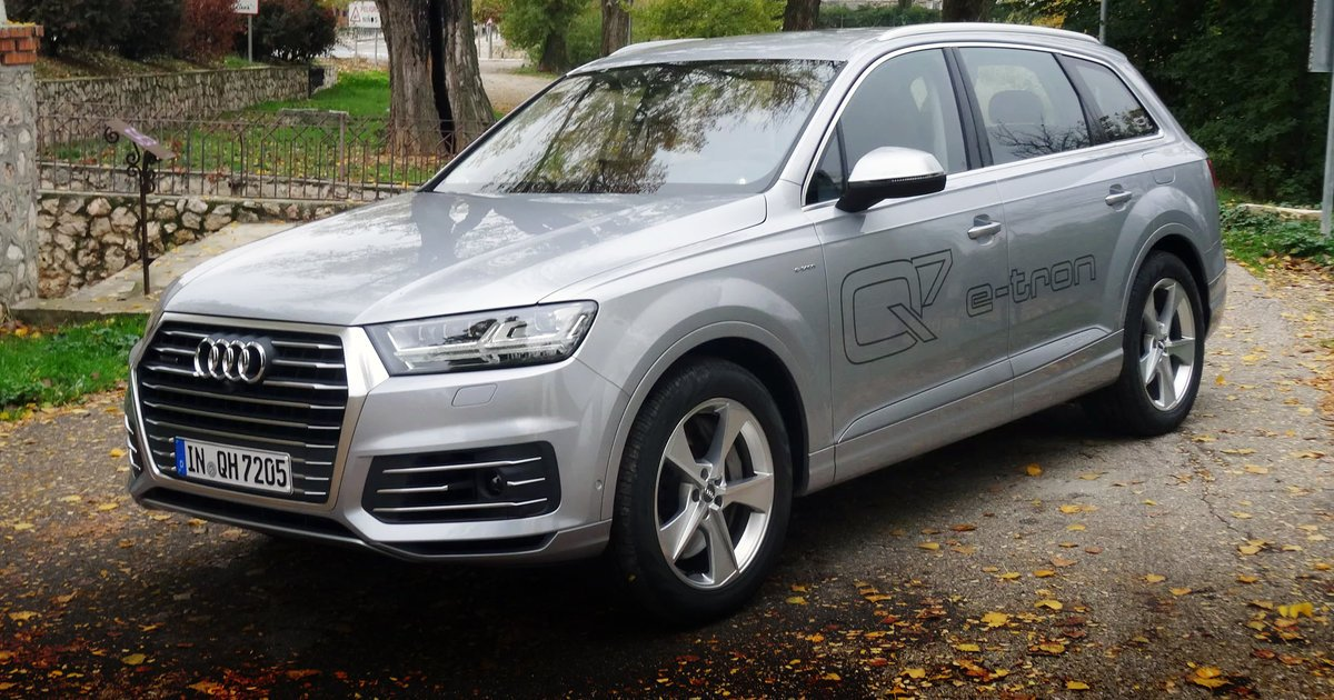 Audi Q Review Specification Price CarAdvice - How much is an audi q7