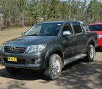 2012-toyota-hilux-review-07