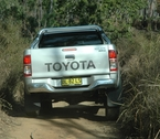 2012-toyota-hilux-review-18