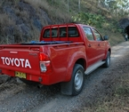 2012-toyota-hilux-review-21