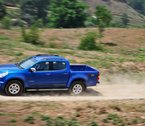 holden-colorado-blue-dust