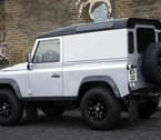 land-rover-defender-xtech-90-side-rear
