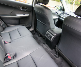 Thiết kế hàng ghế cabin xe Toyota Camry Hybrid