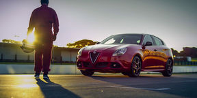 Alfa Romeo Giulietta QV stars in world-first opera performance