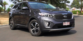 2015 Kia Sorento SLi Review
