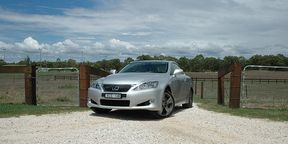 Lexus IS250C Video Review