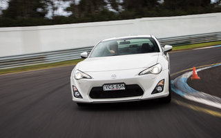 2013 Toyota 86 GTS review