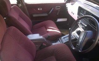 1983 Holden Commodore SL/e Review