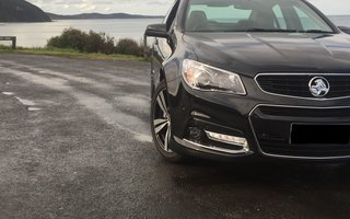 2015 Holden Commodore SV6 Storm Review