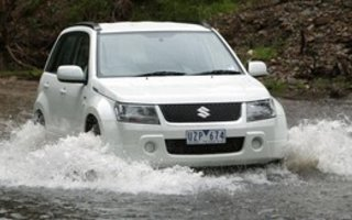 2008 Suzuki Grand Vitara PreSTIge (4x4) Review