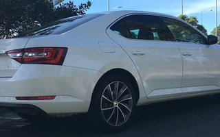 2016 Skoda Superb 162TSI review