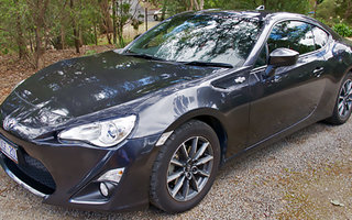 2014 Toyota 86 GT Review