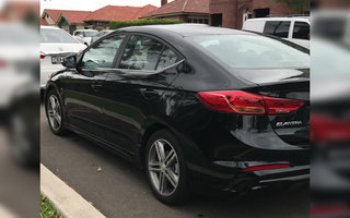 2016 Hyundai Elantra SR review