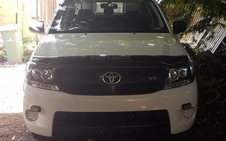 2007 Toyota HiLux SR review