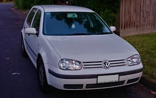 2001 Volkswagen Golf GL review