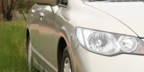 Toyota Prius vs Honda Civic Hybrid Road Test