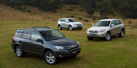 Toyota Halts Sales of the V6 RAV4