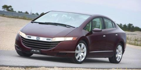 Honda FCX Hydrogen set for production