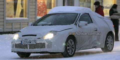 Renault Laguna Coupe spy photos