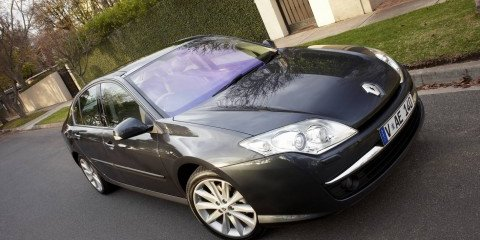 2008 Renault Laguna First Steer