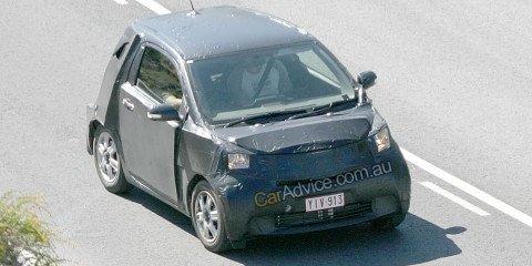 2009 Toyota iQ spy photos