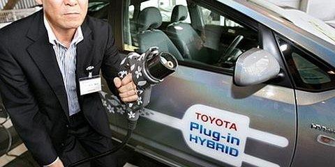 Toyota downplays plug-in hybrid benefits