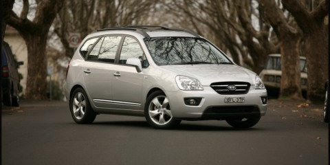 2008 KIA Rondo7 EX Limited Review