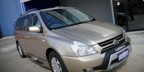 2008 Kia Grand Carnival Review