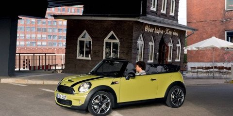 First look Mini Cabrio - drop top gorgeous