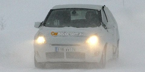 2009 Renault Scenic Spy Photos