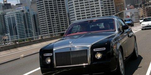 Full Throttle in a Rolls Royce Phantom Coupe