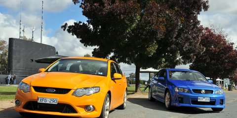 Ford Falcon XR8 vs Holden Commodore SS