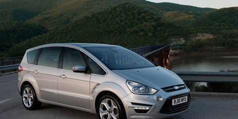 Ford S-MAX and Galaxy get blind spot warning system