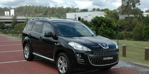 Peugeot 4007 Review & Road Test
