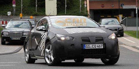 Opel Astra GTC Spy Video