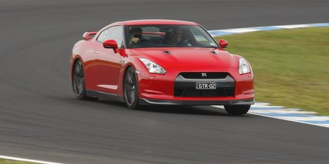 2010 Nissan GT-R Review - Phillip Island