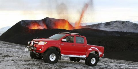 Toyota FT-86G, FJ Cruiser & 'Fire and Ice' HiLux